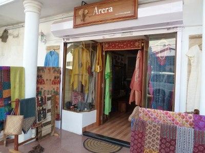 shop-front-e1414645905244